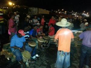 Le Noël des marins-pêcheurs sur le barrage du port de commerce de Fort-de-France en Martinique
