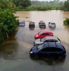 Quand vous avez une voiture en Martinique..il vaut mieux croire en Dieu et surtout en Phoebe