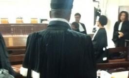 Deux avocats du LKP comparaissent à Paris