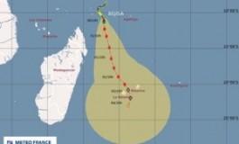 La tempête tropicale #Béjisa à 1105 km de l'île de la Réunion
