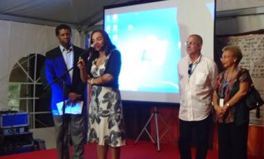 Le Prix Gilbert Gratiant 2013 décerné à Mérine Ceco, a.k. Corinne Mencé-Caster