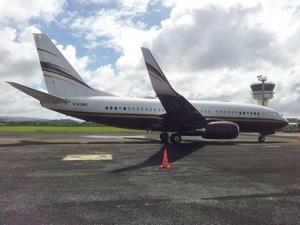 L'avion de Steven #Spielberg en escale en #Martinique