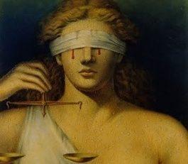 En #Martinique la justice n'est pas aveugle...elle a les yeux loli...Lol