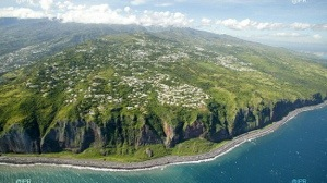 Intervention du député de La Réunion Thierry #Robert à propos de la nouvelle route du littoral