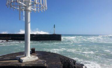 La houle à Saint-Gilles à l'île de La Réunion