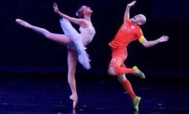 """#Sébastiano : """" Cette fille mannequin est une danseuse classique""""...#Robben aussi"""