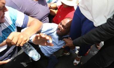 Le député Thierry #Robert agressé lors d'une manifestation à ĺ'île de La #Réunion