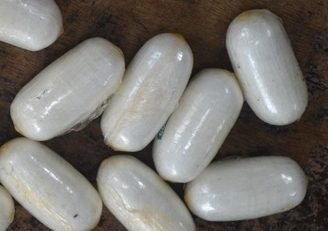 Trafic de cocaïne en Martinique : deux jeunes femmes arrêtées à l'aéroport Aimé Césaire