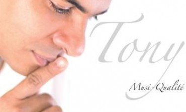 Cahier d'un retour fatal au pays natal pour Tony Chasseur