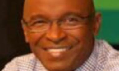 Alain Juppé et les journalistes en Martinique.  Épisode 1