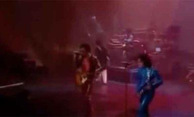 Prince and Lenny Kravitz. American Woman (live)
