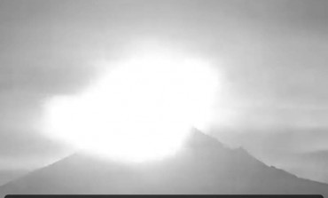 Eruption hier du volcan Popocatépetl (Vidéo) au Mexique.