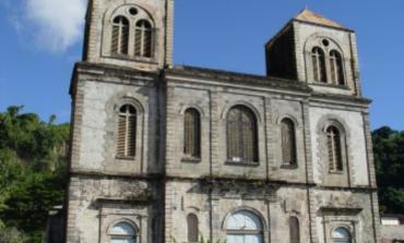 Accusations d'agressions sexuelles : le curé de Saint -Pierre en Martinique réagit