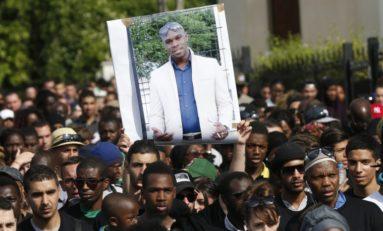 """Adama Traoré est mort d'un """"syndrome asphyxique"""", sous le poids de 3 policiers..."""