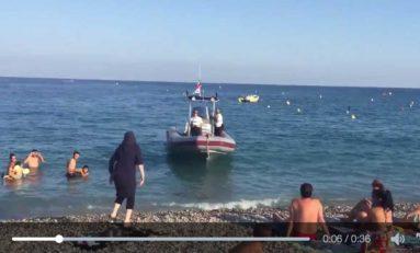 """Nice : interpellation d'une femme """"voilée"""" par la police sur la plage (vidéo)"""