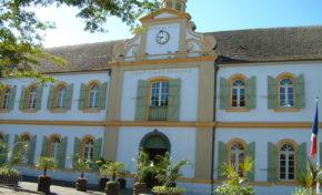 Hôtel de ville de Saint-Pierre : Découverte originale d'un ancien magasin de la Compagnie des Indes - Journées Européennes du Patrimoine à la Réunion