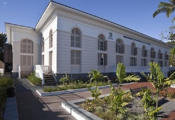 Bibliothèque départementale : Promenade à la bibliothèque départementale – Journées Européennes du Patrimoine à la Réunion