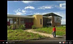 Bâtiment à Energie Positive, ventilation, protection solaire... exemple à la Réunion (vidéo)