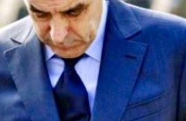la popularité de François Fillon est en chute libre, pour ne pas dire vertigineuse.