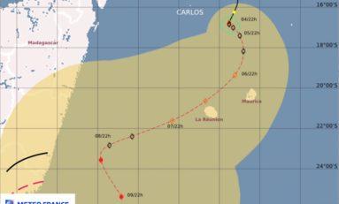 Île de La Réunion : le cas Carlos...on ne devrait pas l'avoir dans l'os