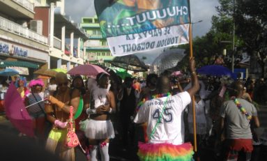 Carnaval 2017 en Martinique : le groupe Chuuuut brise le silence bavard
