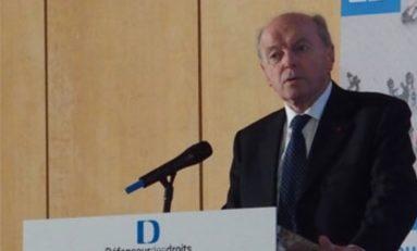 #Jacques Toubon, #DDD, sur l'affaire #Théo: «Nous ne sommes pas en face d'un fait divers»