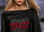 FASHIONWEEK de LONDRES  Le milieu de la mode  revendique sa diversité et s'affiche contre la discrimination liée à l'âge dans le monde de la mode