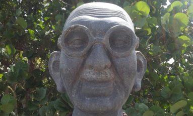 Mahatma  Gandhi ou Coffe ? 😞😕😒