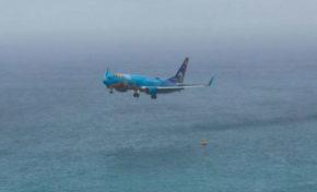 Saint-Martin : un avion arrive trop bas et ... (vidéo)
