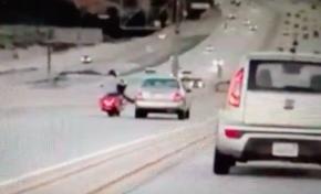 Moto versus car at Santa Clarita in California