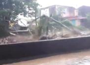 Martinique : 🎶🎶🎵dlo desann Sen piè🎶🎶🎵