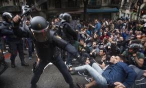 Référendum en Catalogne : quand la police distribue des céréales de Madrid