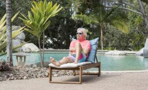 Je tweete sur la misère du monde depuis mon île privée dans les Caraïbes