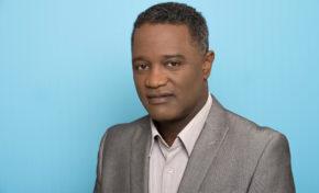 Le journaliste Franck Zozor gravement blessé lors d'un accident sur le Tour de la Martinique des yoles rondes