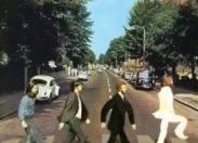 Traverse la rue comme Manu