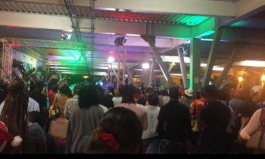 Gilets jaunes ? Non... nègres qui chantent à la Black Friday en Martinique