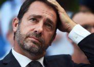 Les Gilets Jaunes doivent-ils arrêter  leur mouvement en France ?