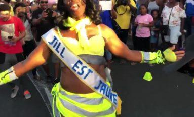 Les gilets jaunes défilent ENFIN en Martinique